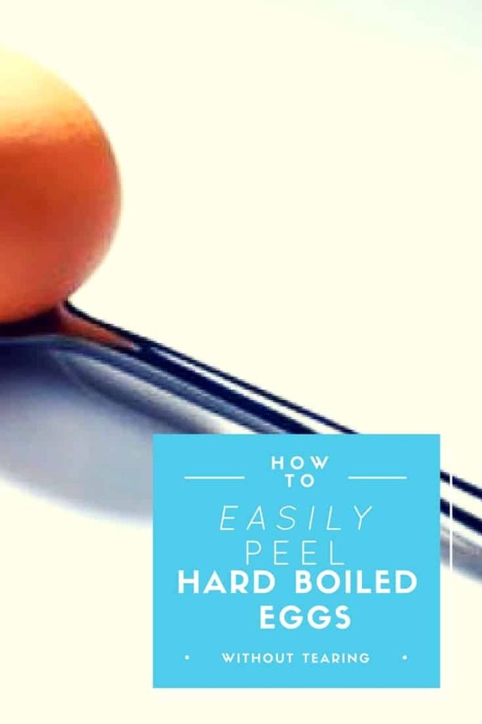 How To Peel Hard Boiled Eggs Easily - I cannot believe how simple this makes it to peel eggs without tearing them!