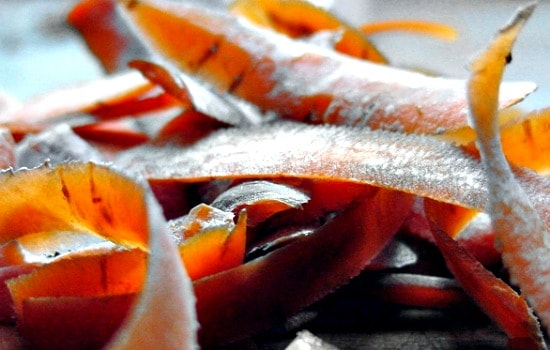 Kitchen scraps you can reuse - Vegetable peels