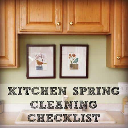 Kitchen spring cleaning checklist printable from HousewifeHowTos.com
