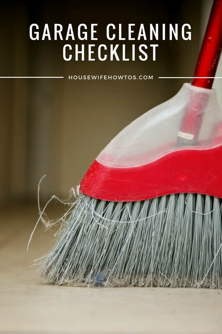 Garage Cleaning Checklist - Using zones in the garage is a such smart way to keep things organized! | via HousewifeHowTos.com