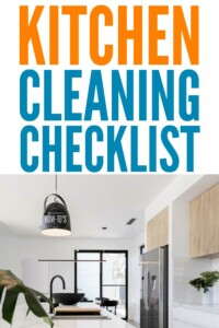 Kitchen Cleaning Checklist - Gets my kitchen cleaner faster than ever. #cleaning #kitchencleaning #cleaningroutine #housewifehowtos #cleaningchecklist