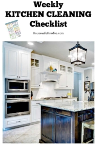 Weekly Kitchen Cleaning Checklist | Easy to follow printable checklist gets my kitchen cleaner than any pro #cleaningroutine