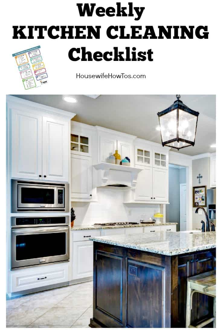 Weekly Kitchen Cleaning Checklist | Easy to follow and gets my kitchen cleaner than a pro would. #cleaningroutine