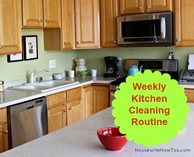 Weekly Kitchen Cleaning Routine from HousewifeHowTos.com