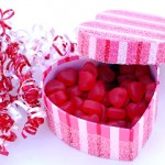 Quick and easy Valentine's Day decor and gifts from HousewifeHowTos.com