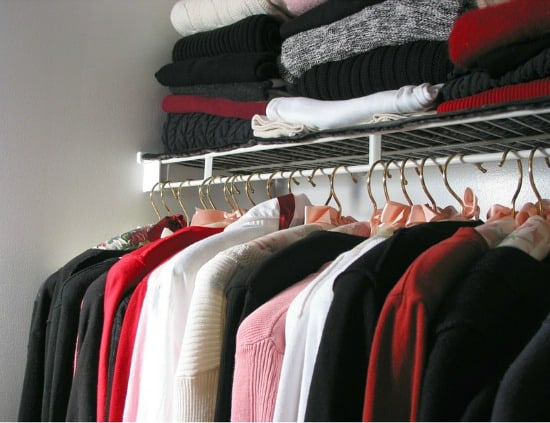Printable closet cleaning checklist - Organize your clothes as you hang them