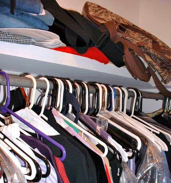 Printable closet cleaning checklist to sort out the mess