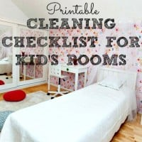 printable cleaning checklist for kids room from HousewifeHowTos.com