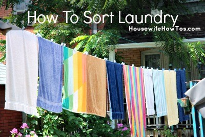 How to sort laundry printable from HousewifeHowTos.com