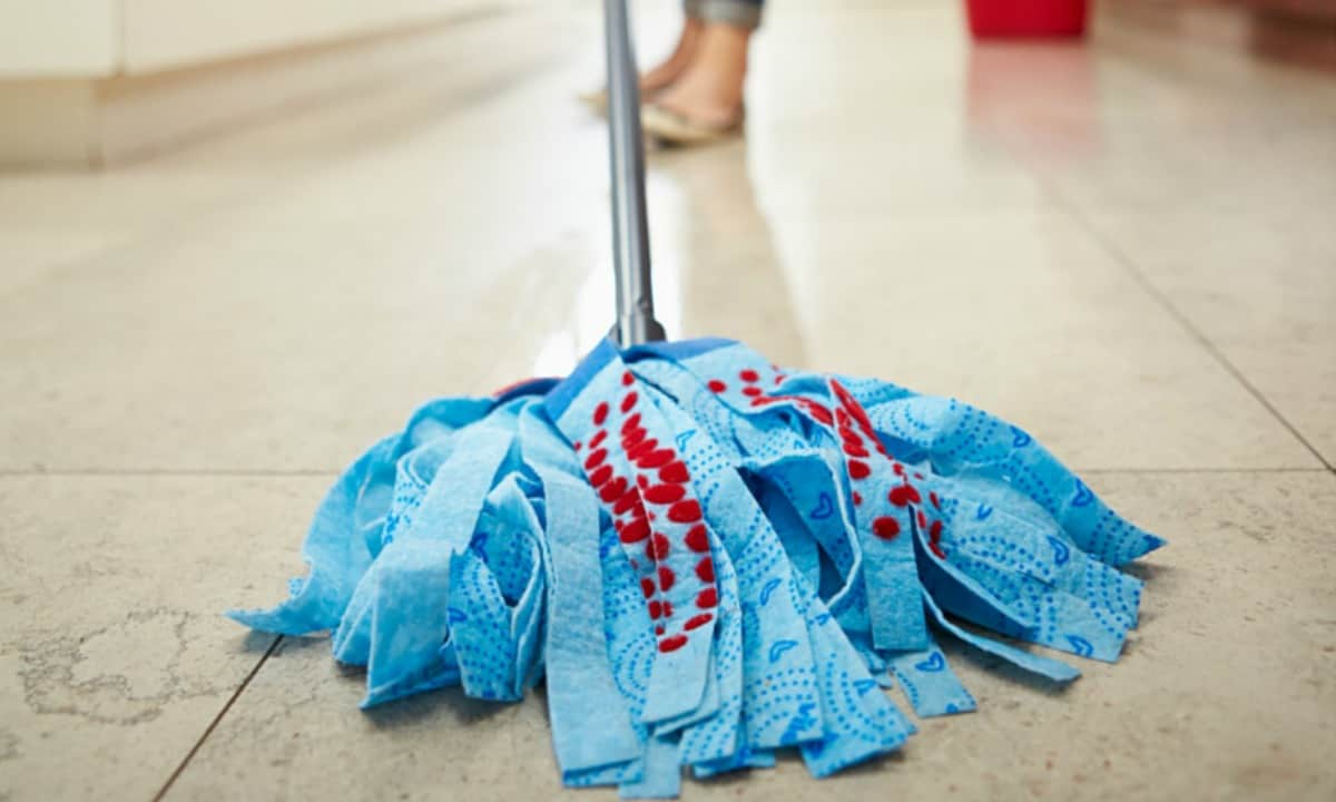 Homemade floor cleaner for all types of floors say hello for Home made floor cleaner