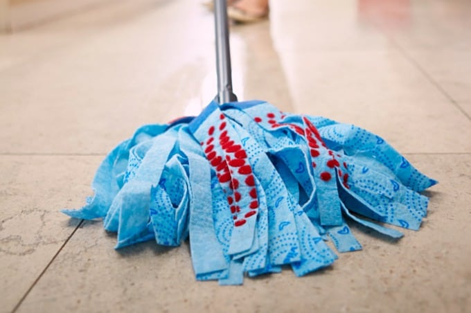 Homemade Floor Cleaner For ALL Types Of Floors Make It For Just - How to clean pvc flooring