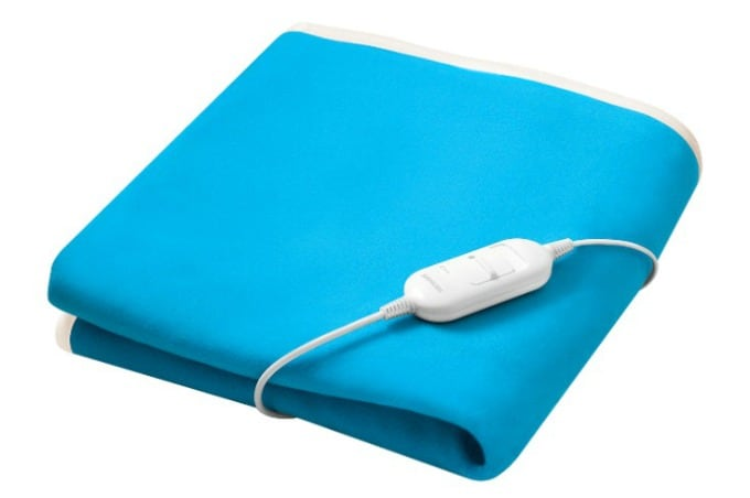 How To Wash Electric Blankets » Housewife How-Tos®