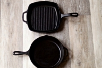 How to Clean Cast Iron Pans and Keep them Seasoned