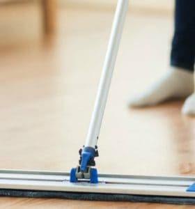 FB Share How to Clean Wood Floors