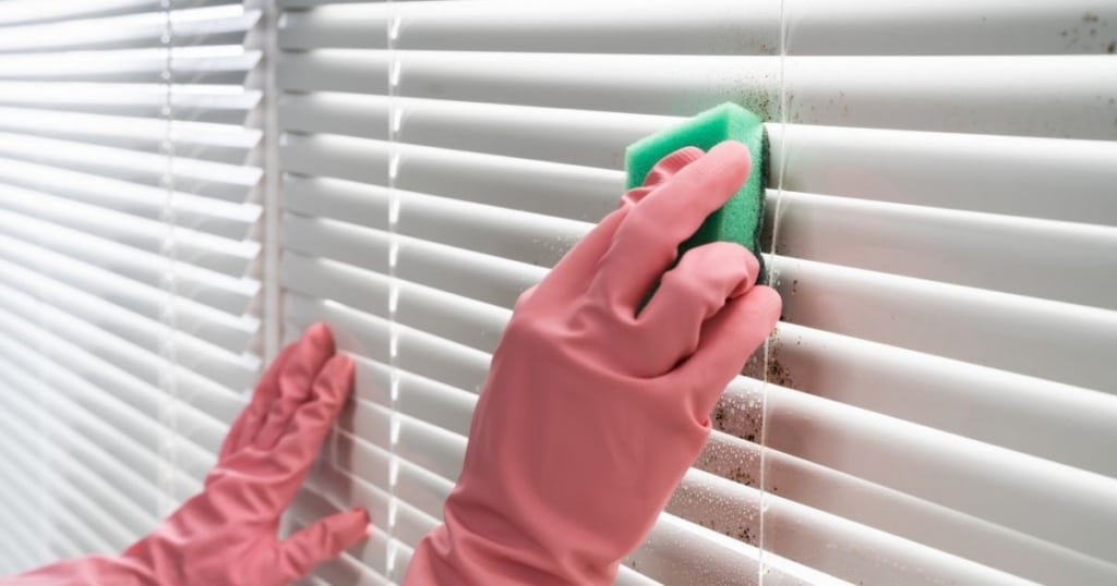 how-to-clean-blinds-in-tub-without-taking-down