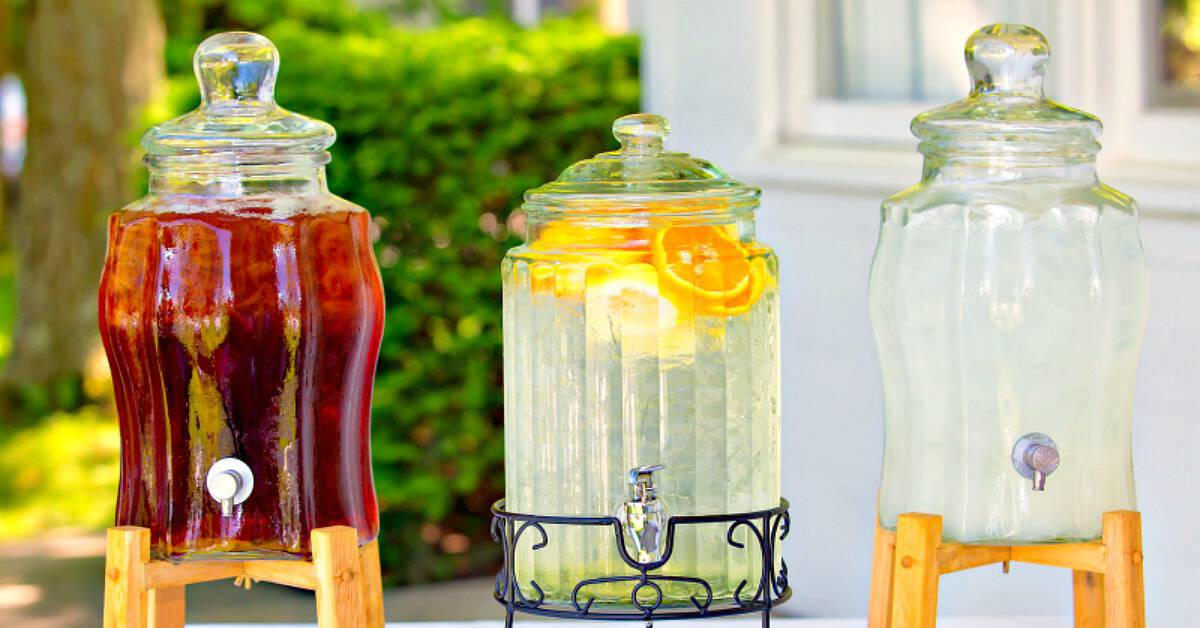 How to Make 10 Kinds of Lemonade from Scratch
