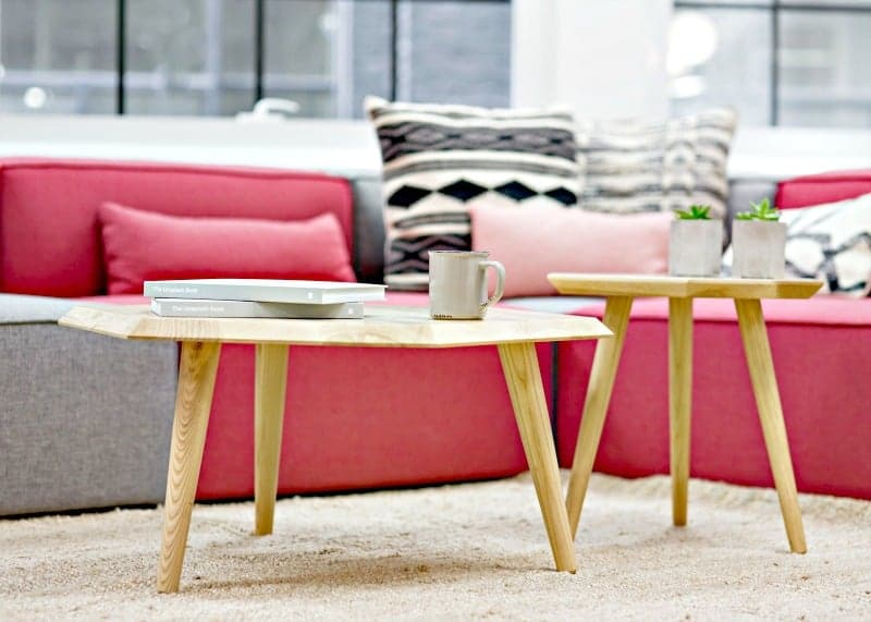 10 Tips to Keeping a Clean House - Sofa and coffee tables in a tidy living room