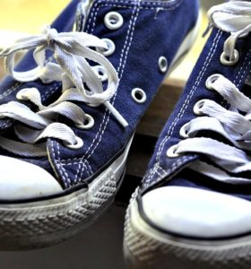How To Wash Tennis Shoes or Sneakers