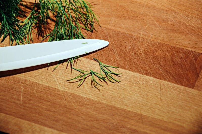 How To Clean Wood Cutting Boards Housewife How Tos