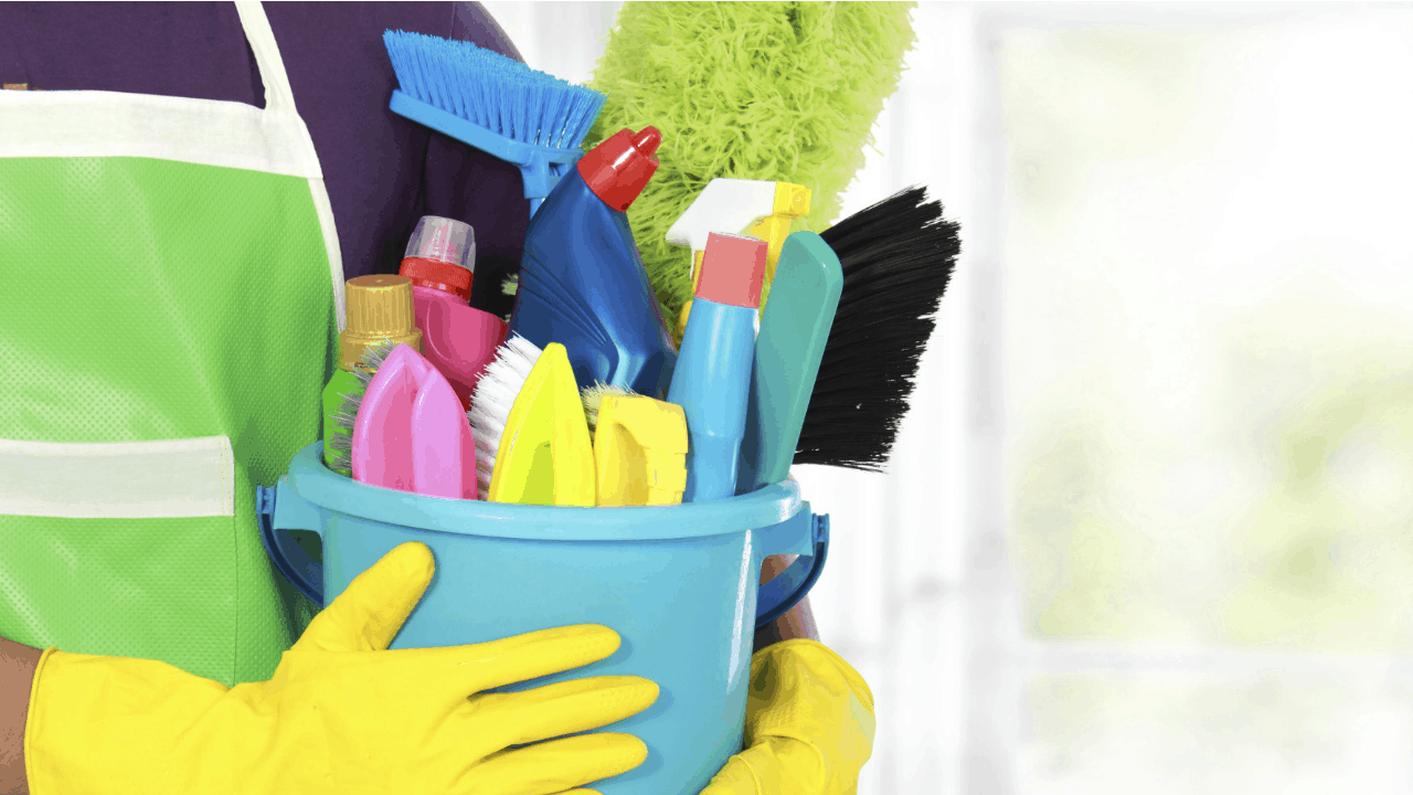 10 Cleaning Tools Everyone Should Own Housewife How To S 174