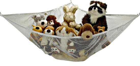 Help Kids Organize Their Rooms with a stuffed animal hammock
