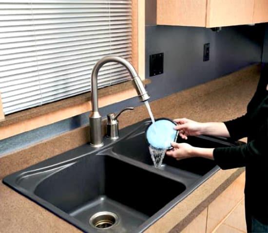 Rinsable HEPA pre-filter