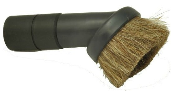 How to clean curtains - Use a dust brush to vacuum monthly