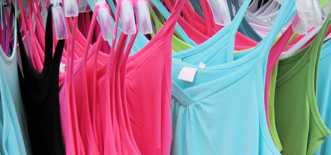 How to spend less on clothes - shop out of season
