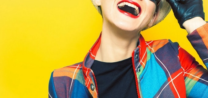 How to spend less on clothes - Stick with solid colors for basics and layer colorful accessories