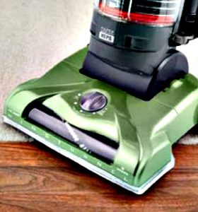 FB Share Product Review of Hoover WindTunnel T-Series Rewind Plus Bagless Vacuum