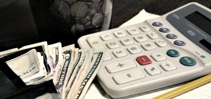 Save money on a tight budget - Save a percentage of your monthly income