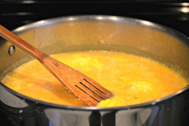 Breakfast Bowl Recipe - Slowly scramble eggs in pan
