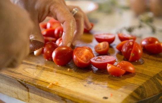 10 Salad Recipes Perfect For Summer - Salad Preparation Tips to Make Salads Last