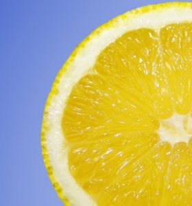 22 Surprising Uses For Lemons