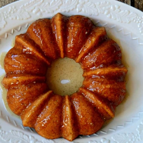 Banana Bundt Cake with Cinnamon Vanilla Caramel Sauce - So good