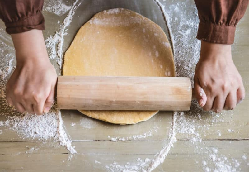 Get Organized for Thanksgiving - Make food like pie crusts ahead of time