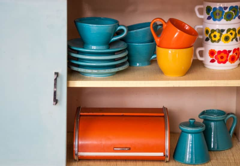 Organizing Kitchen Cupboards