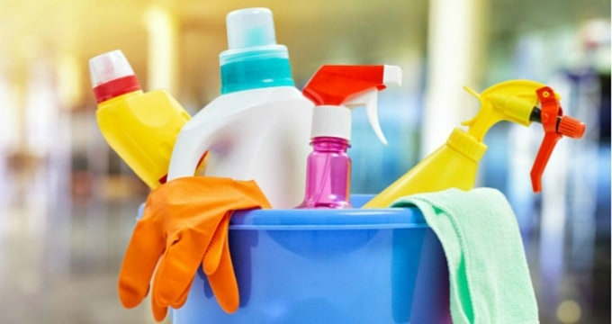 My 5 Favorite Commercial Cleaning Products