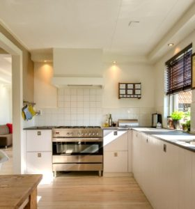 Cleaning Trouble Spots in the Kitchen