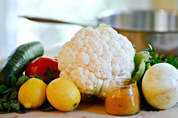 Tabbouleh-Style Turmeric Cauliflower Salad - Simple ingredients