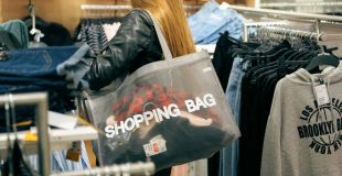 6 Ways To Spend Less Money Shopping