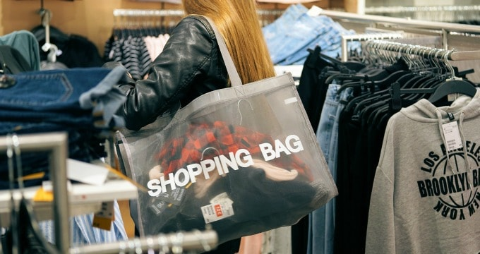Ways To Spend Less Money Shopping