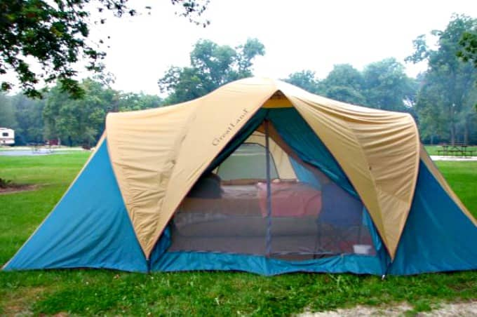 Things to clean after summer vacation - Clean your camping gear before storage