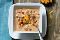 Hearty Crockpot Bacon Cheeseburger Soup - Comfort food straight from your crockpot
