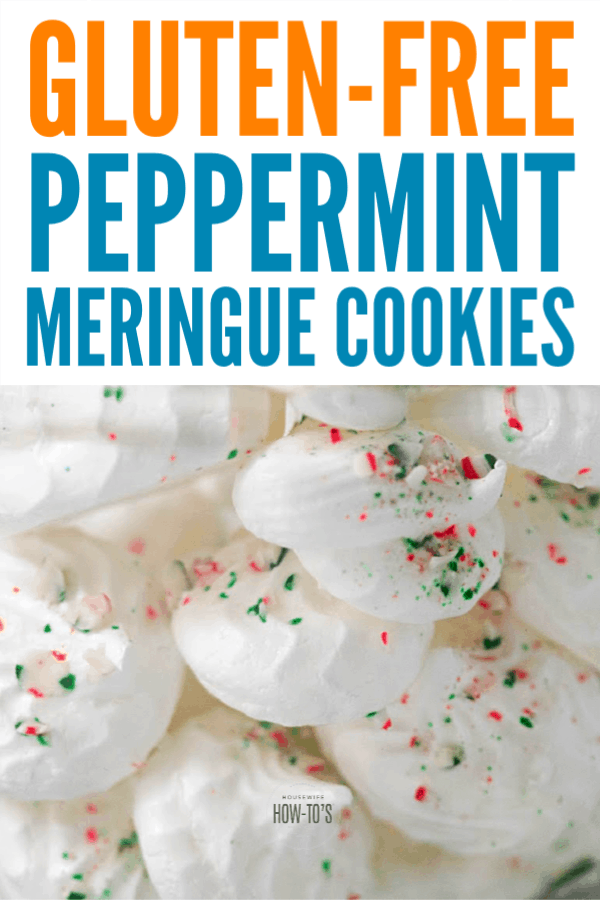 Peppermint Meringue Cookies - Naturally gluten-free #christmascookies #cookies #meringues