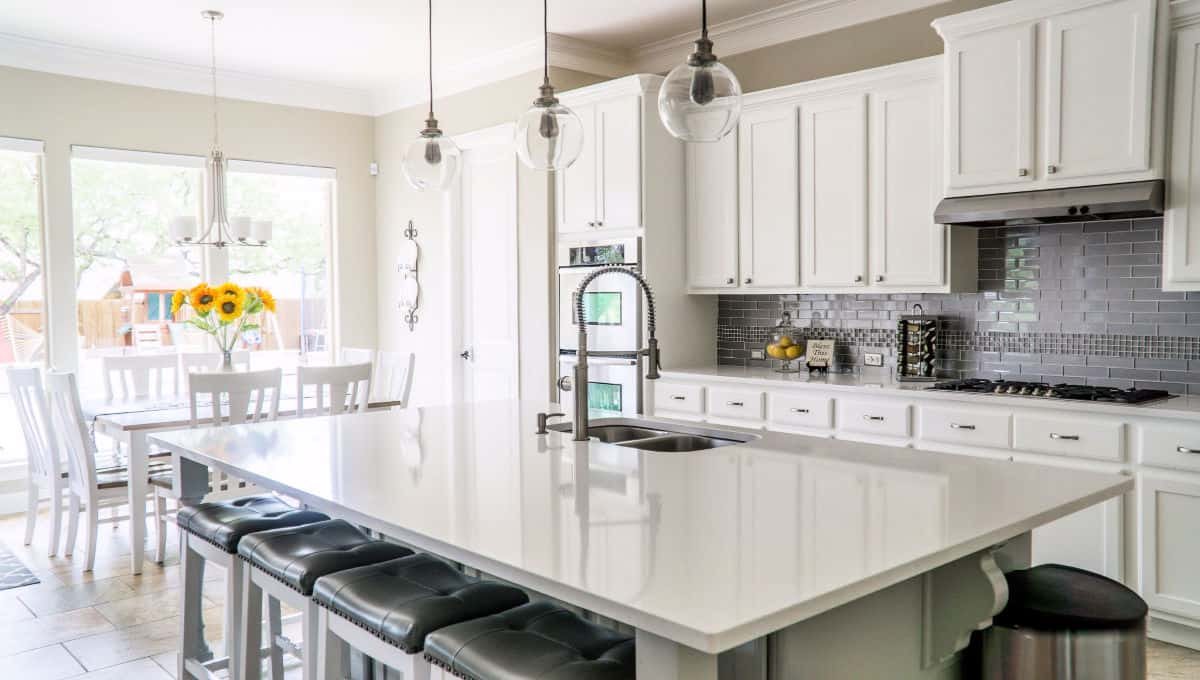 Organizing Kitchen Counters - Tips that Work! » Housewife ...