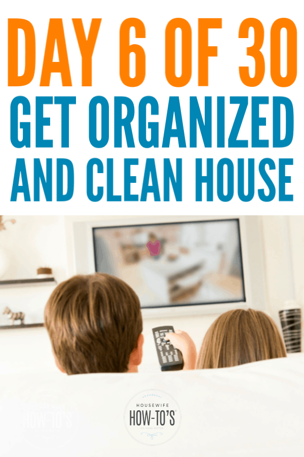 Get an Organized and Clean Home - Day 6 - The Family Room #getorganized #homeorganization #declutter #cluttercontrol #cleaning