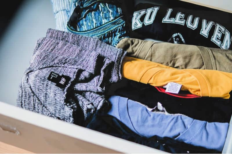 Organizing dressers - Shirts filed vertically in dresser drawer that have fallen over