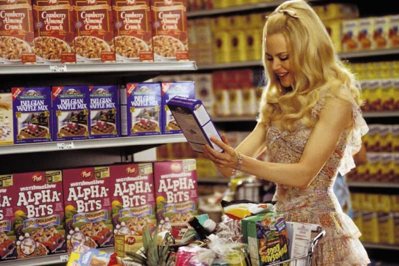 Nicole Kidman in Stepford Wives demonstrates an unrealistic perfect housewife standard