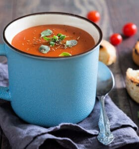 Easy tomato soup recipe in a mug